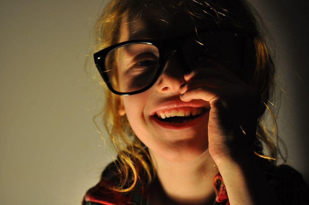 Cómo detectar problemas de visión en los bebés y los niños